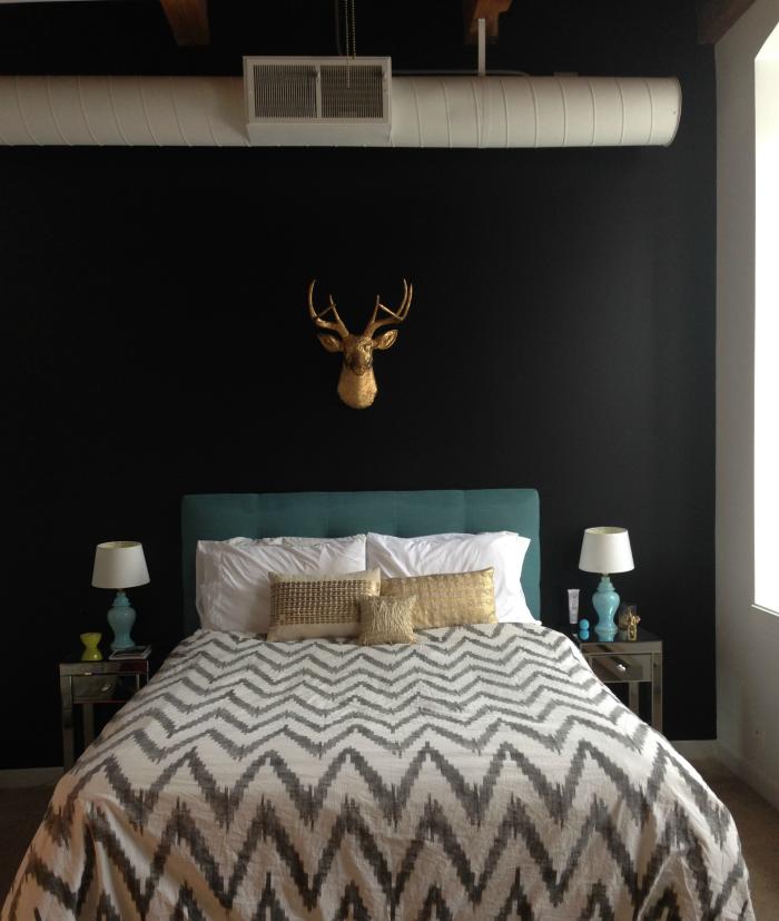 Beautiful Black Bedroom Wall