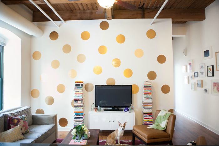 Awesome DIY Polka Dot Wall