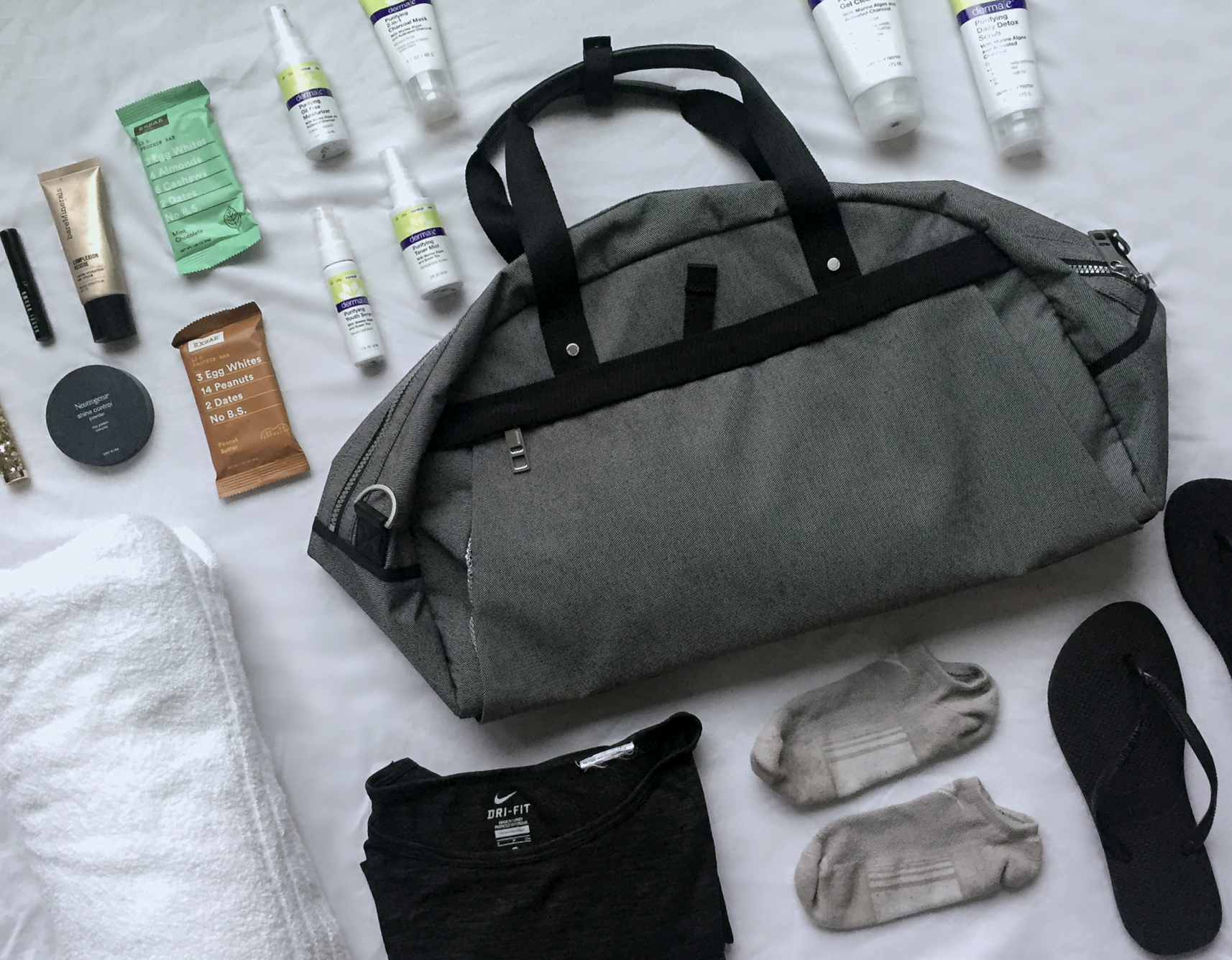 5 Things You Should Always Have in Your Gym Bag.